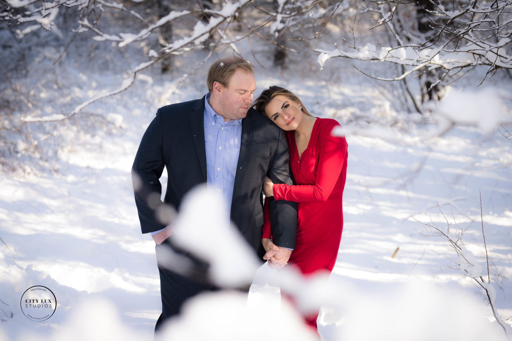 snow engagement photographer